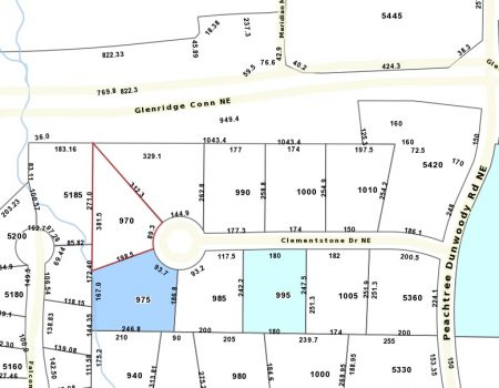 A Fulton County property records map of Clementstone Drive, with Andjela Kessler's 970 Clementstone property highlighted in red.