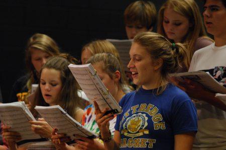 Chloe Kahn sings during rehearsal for Dunwoody High School's play opening Oct. 20. (Photo Phil Mosier)