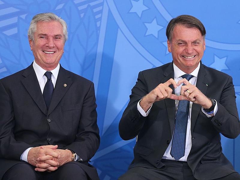 Senador Fernando Collor, presidente Jair Bolsonaro e a primeira dama Michele Bolsonaro durante cerimônia de Posse do senhor Gilson Machado, Ministro de Estado do Turismo
