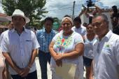 RECORRE CARLOS JOAQUÌN ESCUELAS EN HOLBOX Y CONSTATA OBRAS DEL IFEQROO