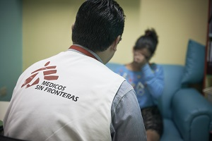 Karla  aged 16 and her mother Ana Rosa have come to visit MSF's Servicio Prioritario, Tegucigalpa