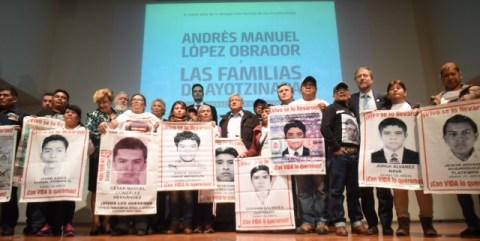 Mensaje a medios Ayotzinapa 03.JPEG