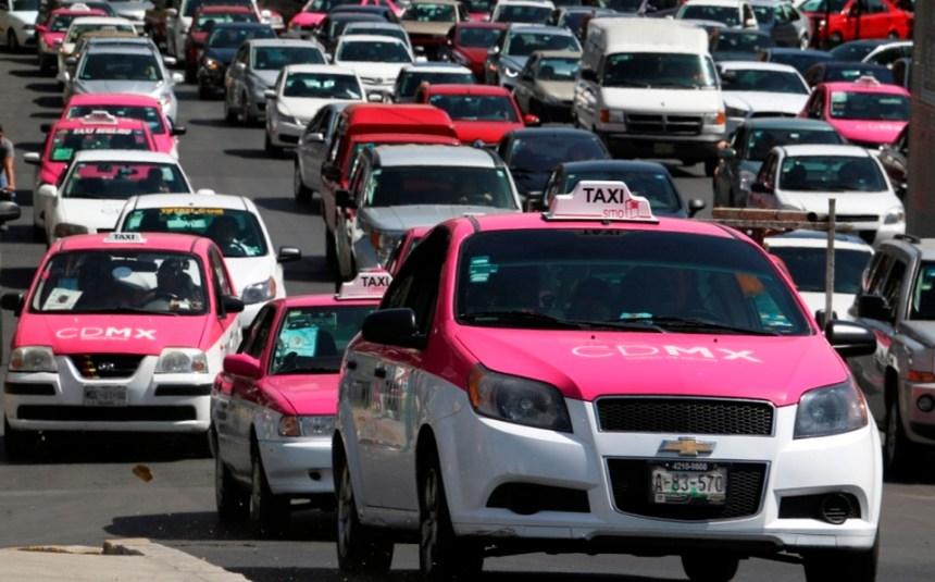 placas-taxi-cambiaran-color-blanco