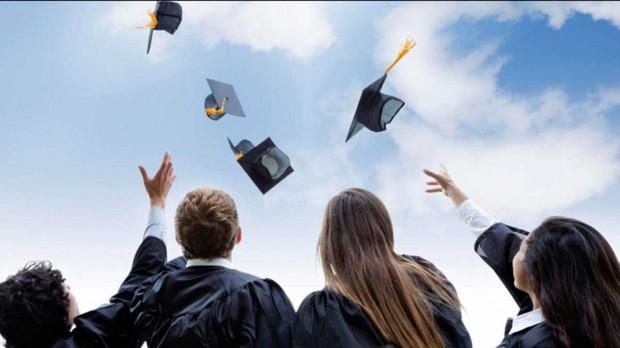 graduation2-1-620x348.jpg
