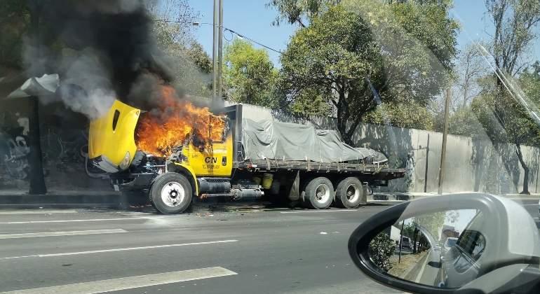 camion-incendiado-constituyentes770-420.jpg