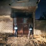 POLICÍAS DE LA SECRETARÍA DE SEGURIDAD LOCALIZAN UN VEHÍCULO CON REPORTE DE ROBO Y RESGUARDAN EL PREDIO DONDE SE ENCUENTRA