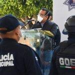 DAN RECONOCIMIENTO A POLICÍAS DE VALLE DE CHALCO QUE LOGRARON FRUSTRAR EL SUICIDIO DE UN HOMBRE
