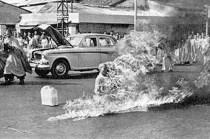 5 Immolation -budist_monk_on_fire