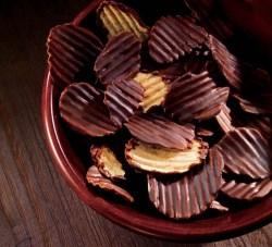 royce-category-potatochip-mildbitter-mood3