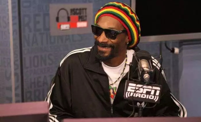 2020 will be the first year I will vote, can't stand to see this Punk in Office one more year – Snoop Dogg