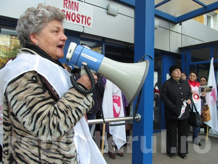 19-sanitas-protest-spit-o3