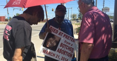 Protesters outside the Bedford Heights Planned Parenthood