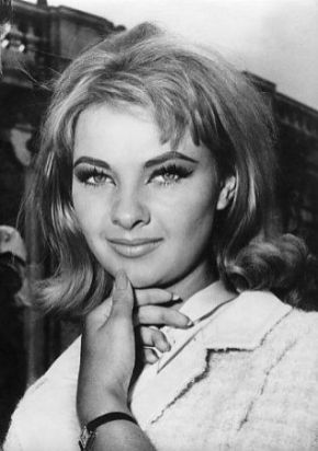 Mandy Rice Davies