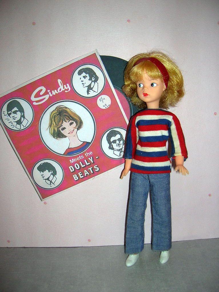sindy-doll-dolly-beats-record