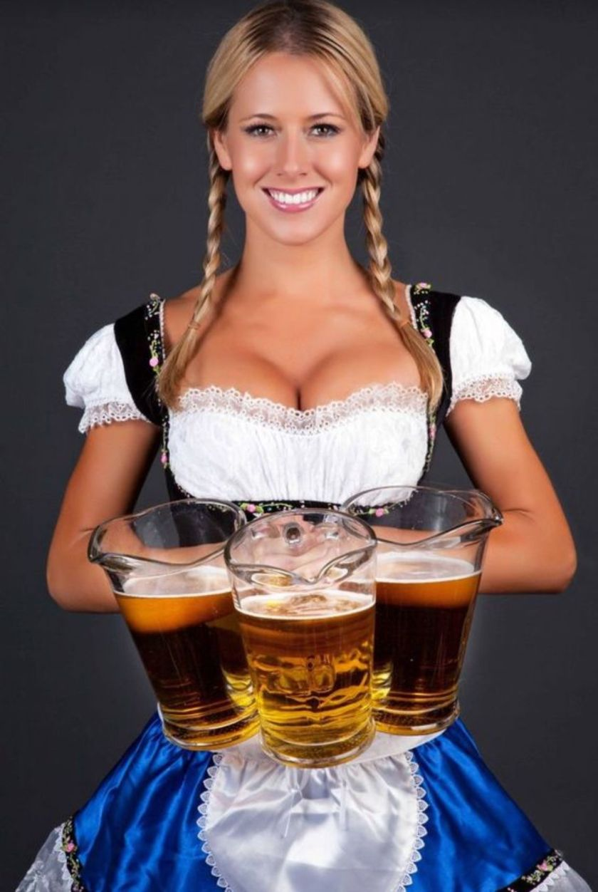 beer-serving-wench