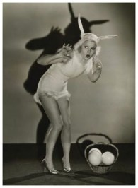 easter-spooky-glamour