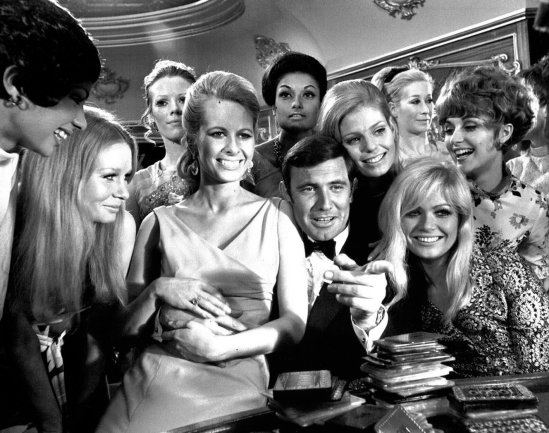 George Lazenby and the Bond Girls