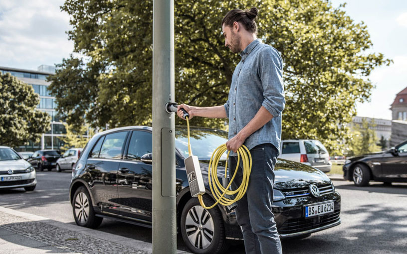 Ubitricity is repurposing street light poles into EV charging stations