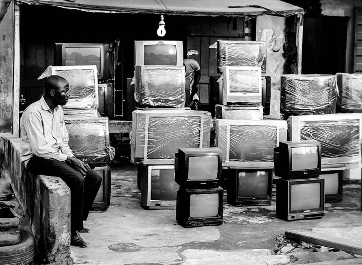 Television, 2014 : Monochrome Lagos. LOGO OLUWAMUYIWA