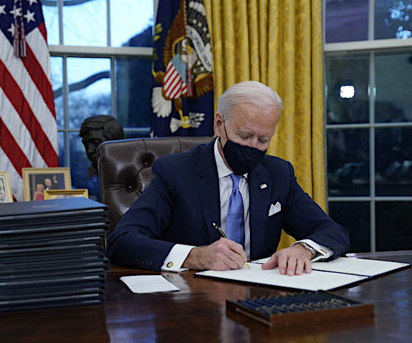 Harvard/Harris Poll: Biden Approval at 61 Percent