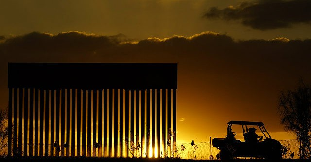 Public Overwhelmingly Supports Donald Trump's Border Wall