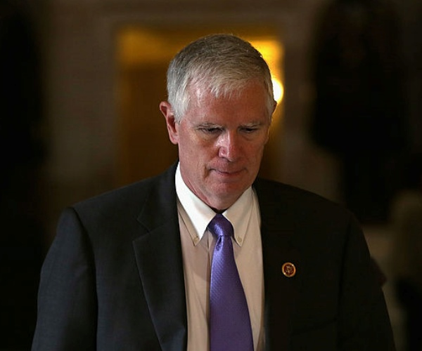 Rep. Mo Brooks to Newsmax: Justice 'Inequality' Exists Between Jan. 6 Rioters, BLM, Antifa