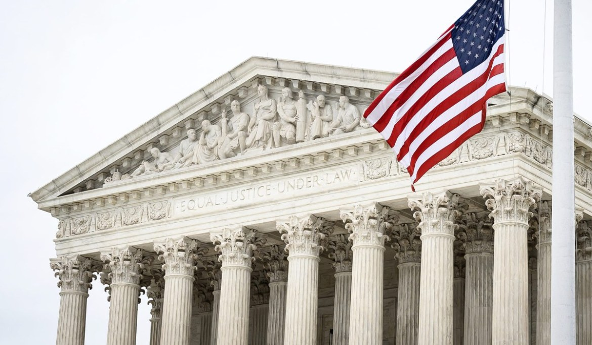 Supreme Court Keeps Eviction Moratorium in Place