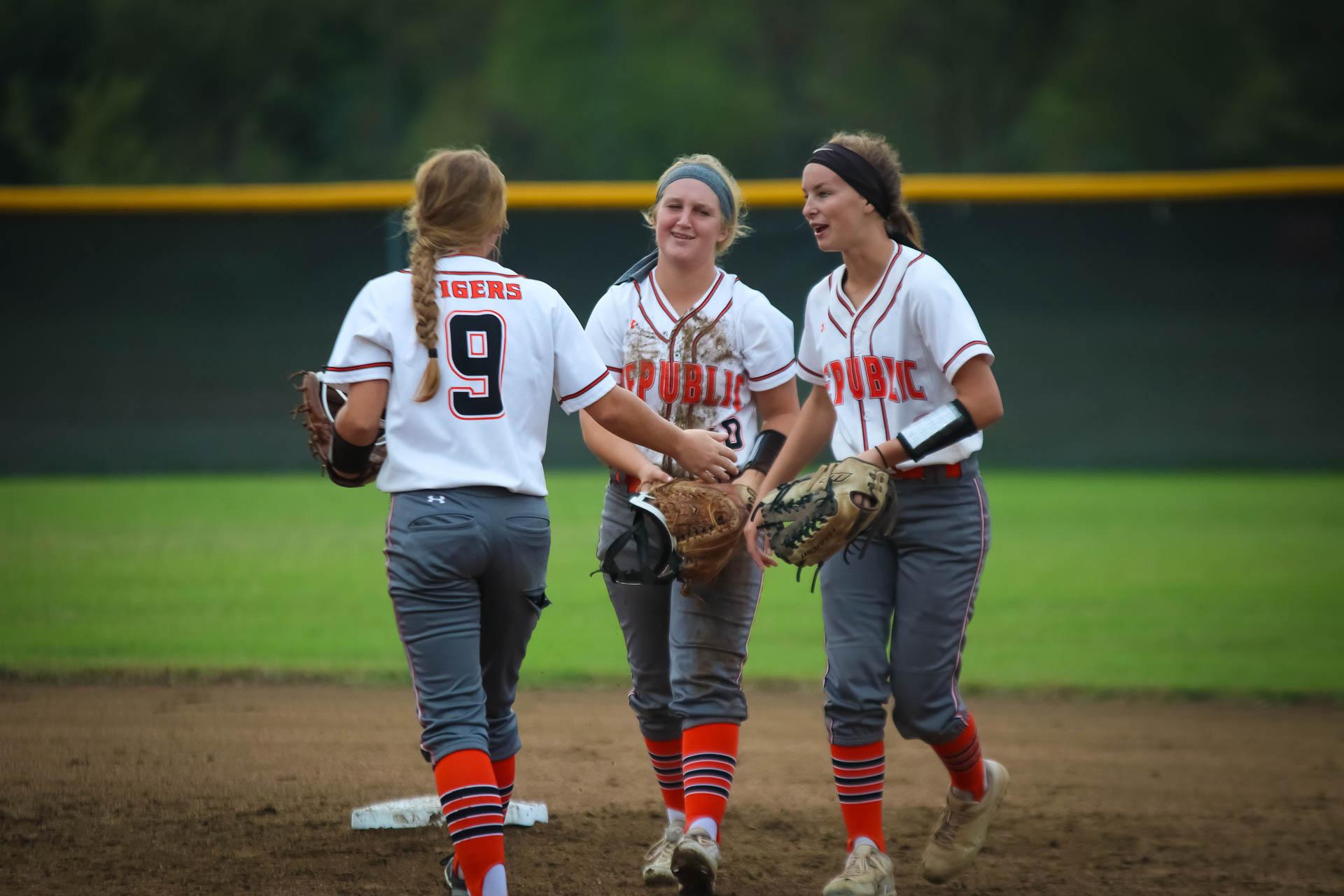 Photos:  Varsity Softball Vs Carl Junction