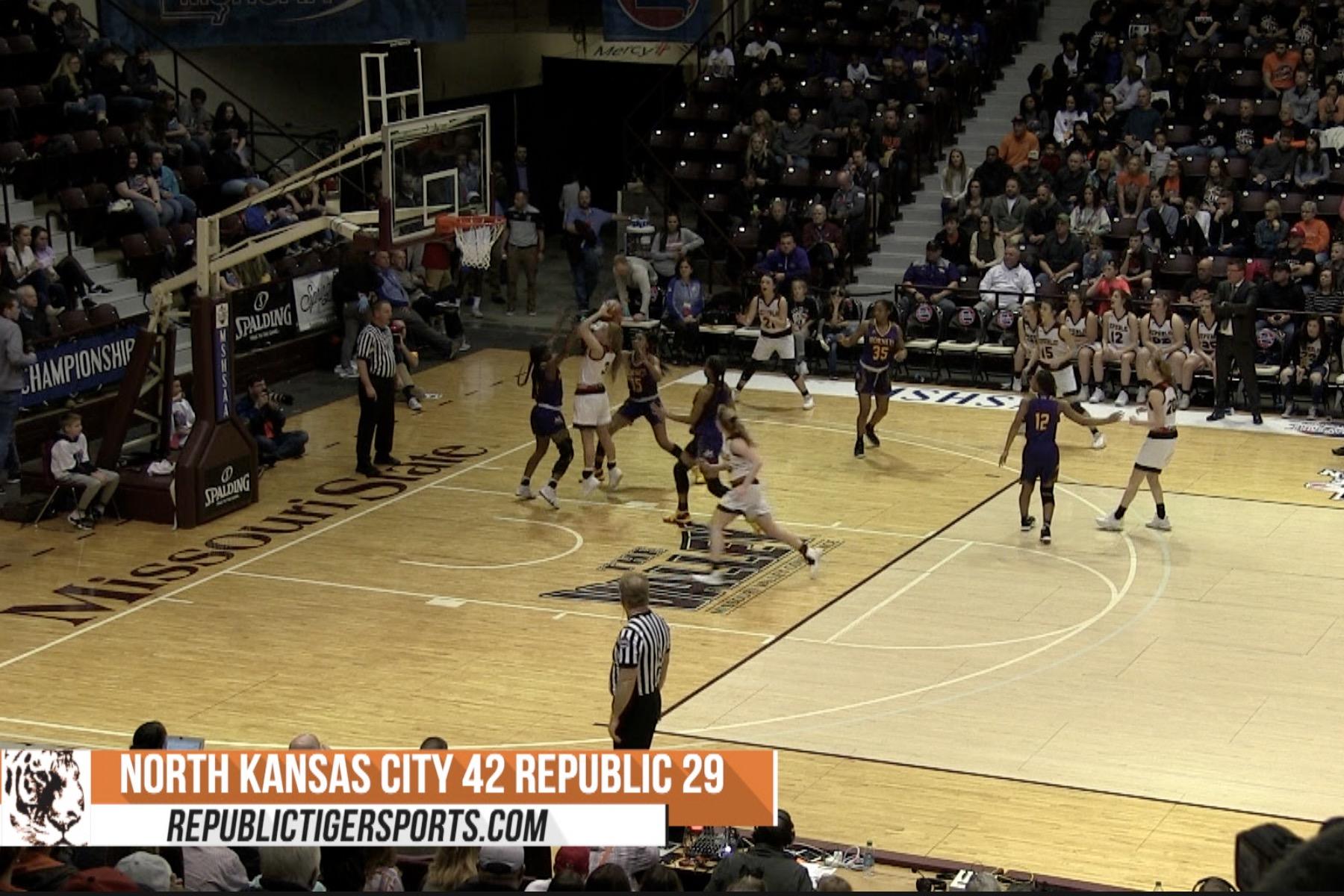 Video: Girls Basketball Highlights Vs North Kansas City