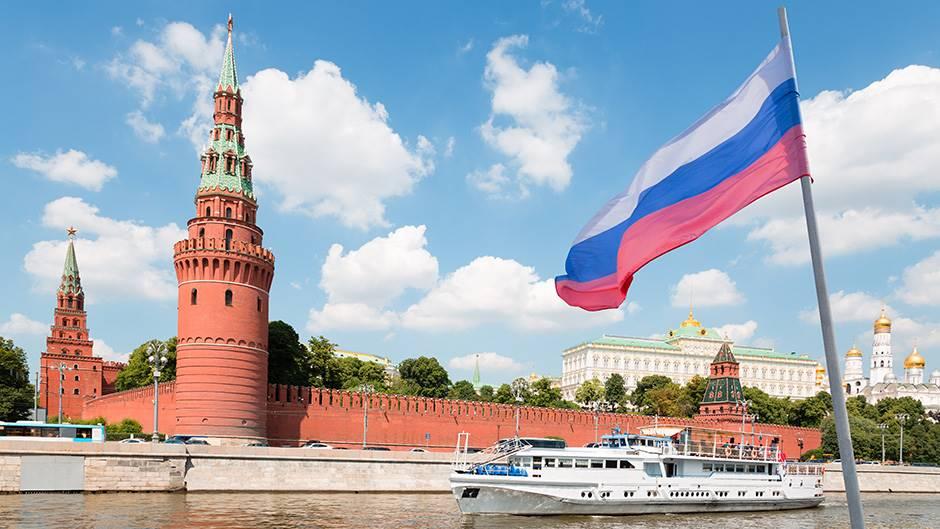Русија прогласи неработна недела со цел да не се шири ...