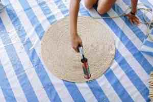 Creating a DIY rope rug