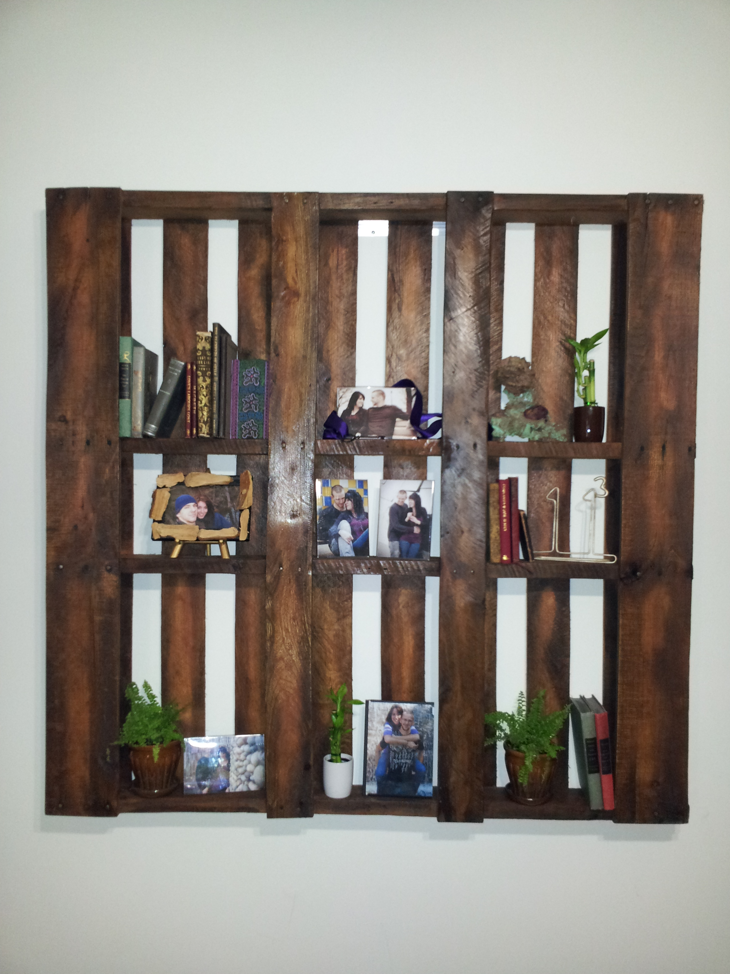 repurposed pallet display shelf  repurposedpurpose