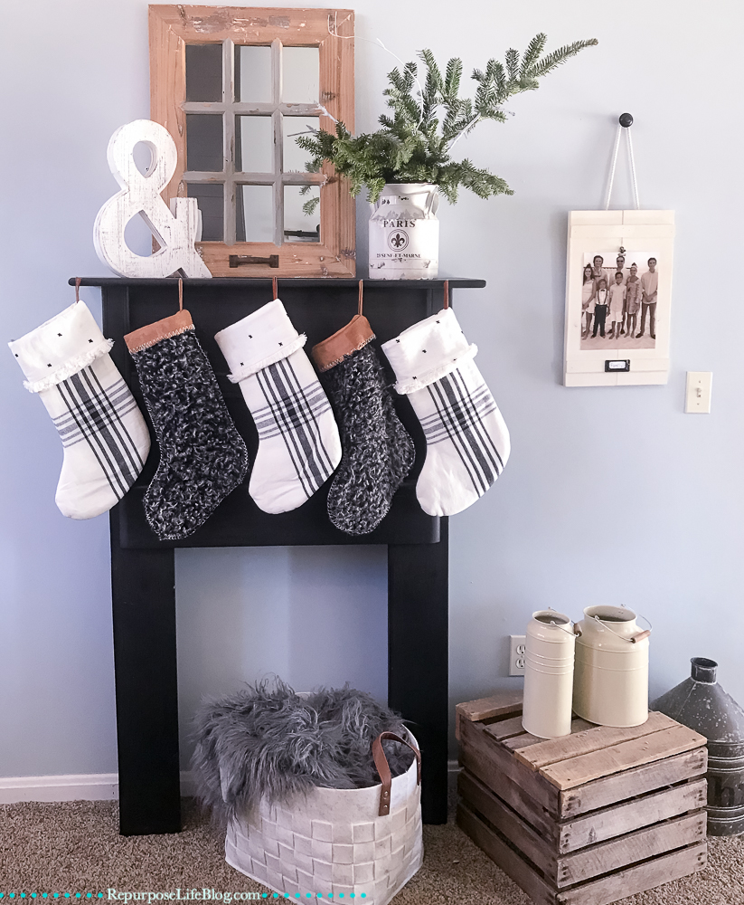How to Make a Super Easy, Farmhouse Style Picture Frame