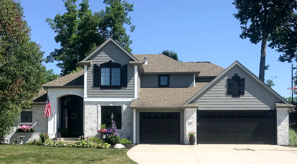 craftsman home painted with gray exterior paint colors