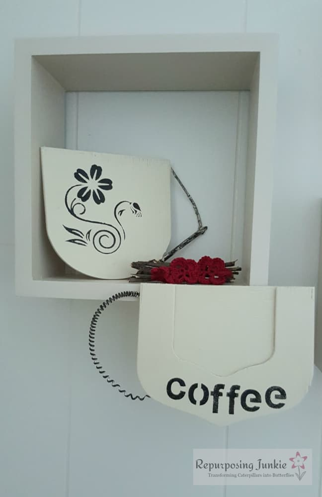Repurposed Ceiling Fan Blade into Coffee Cup Signs