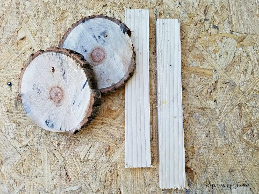 How to Make Wood Slice Garden Markers