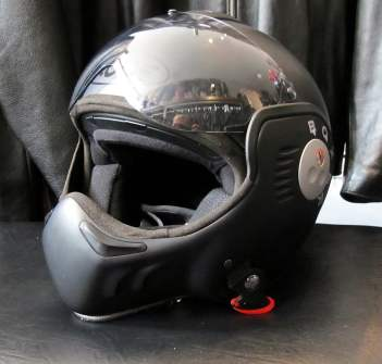 East-Side-Rerides-Roof-Boxer-Helmet-02-web