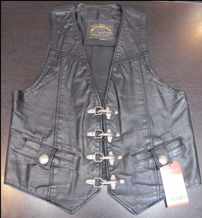 RichHide-Leather-Vest-Buckles-Rerides-201701