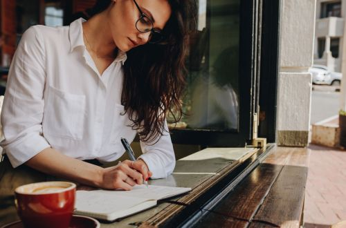 Questions to Ask a Resume Writer Before Using Their Service Blog Post