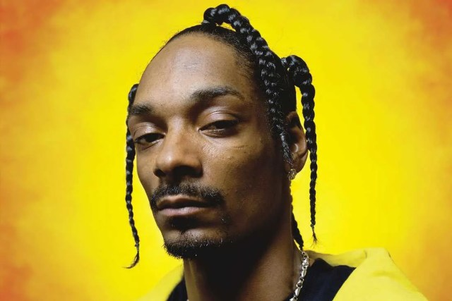 the genius of snoop dogg's hairstyles, in 8 examples