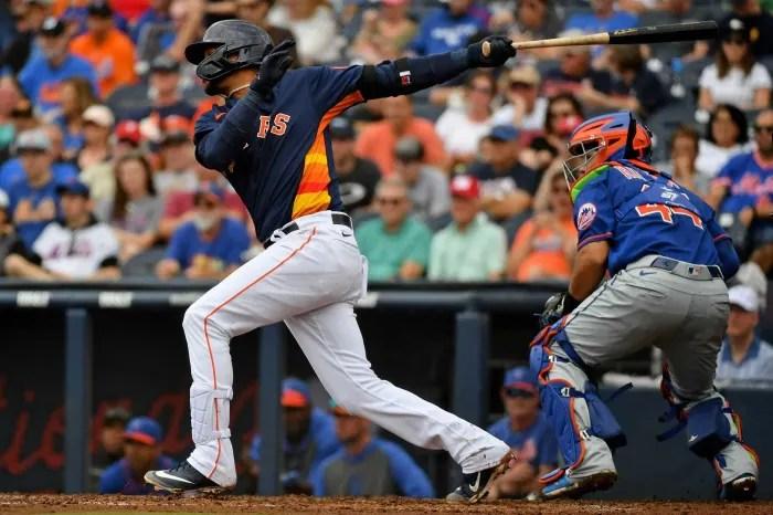 Houston Astros: Yuli Gurriel, 1B