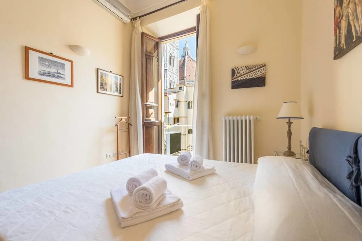 Guest House Soggiorno Monaco Firenze Charming 2bed Apartment Overlooking Duomo In Florence Historic