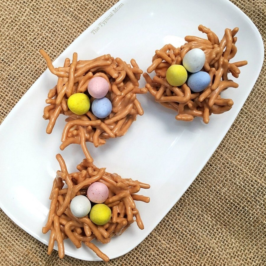Satisfy your Easter munchies with these colorful treats. Whether you're looking for a sugar fix or want something healthy, we've got the perfect Easter snack.