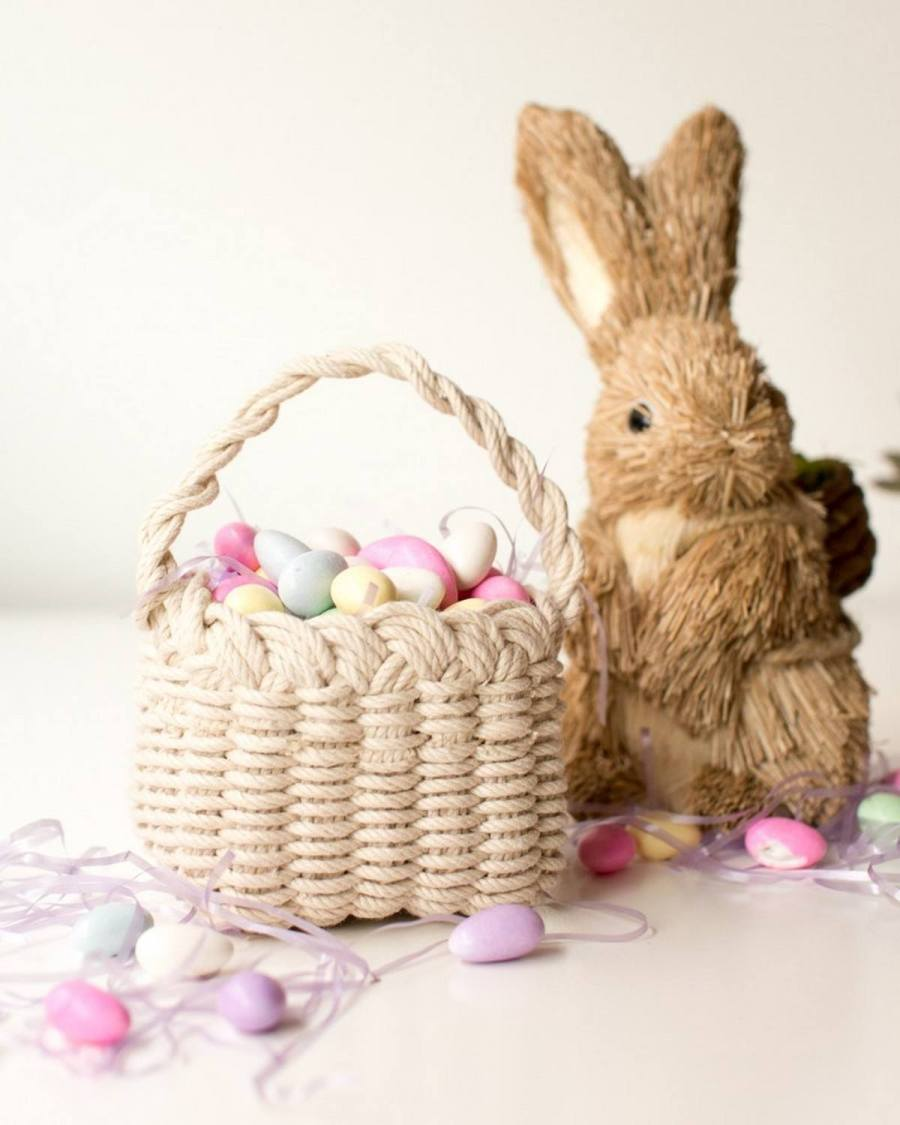 Between prepping an extravagant family dinner and shopping for your kid's Easter baskets, there's not enough time in the day to also craft up personalized home decor — until now, that is.