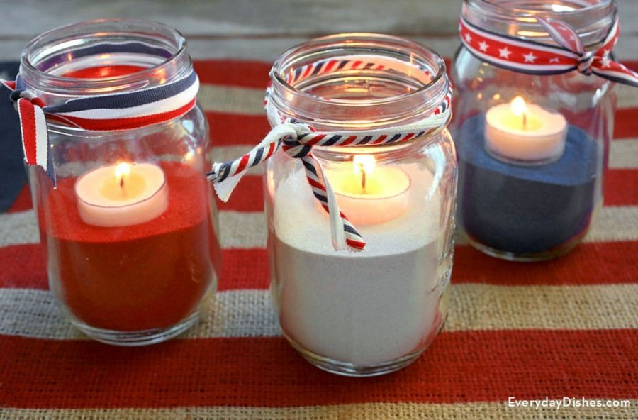 Celebrate the nation with a festive, backyard barbecue or house party, using these decorating ideas.