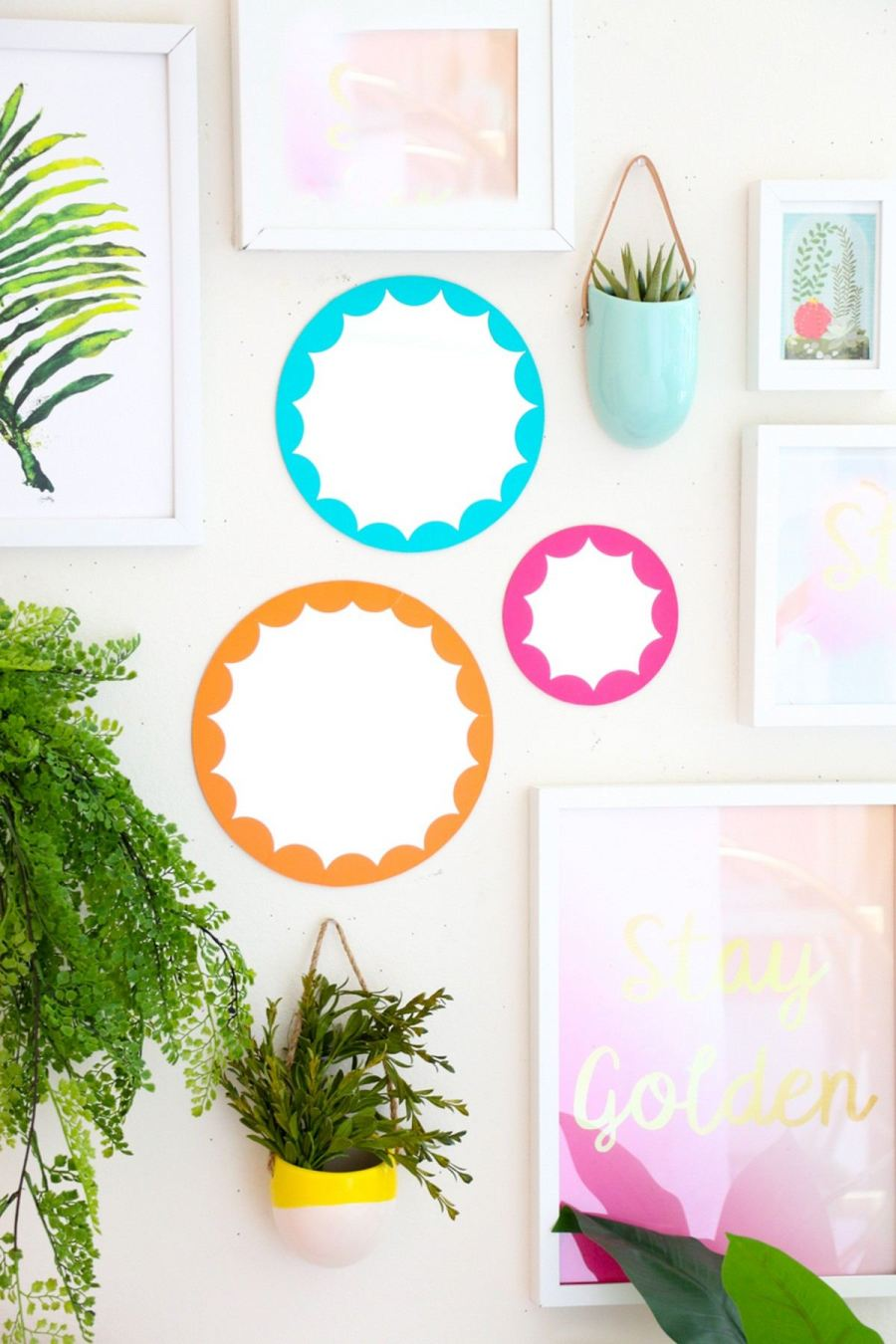 The first thing when we get up in the morning is look at the mirror right? Give your mirror a unique look with these incredible DIY mirror frames ideas.