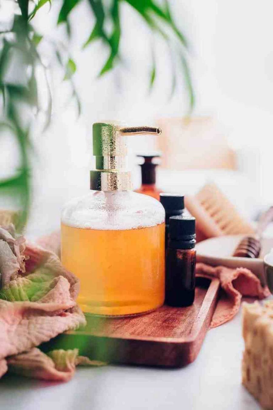 Your skin loves honey because it's loaded with antioxidants, vitamins and minerals. It's also healing, anti-bacterial and anti-inflammatory, which gives it a wide range of beauty uses, from acne treatments to hair masks.