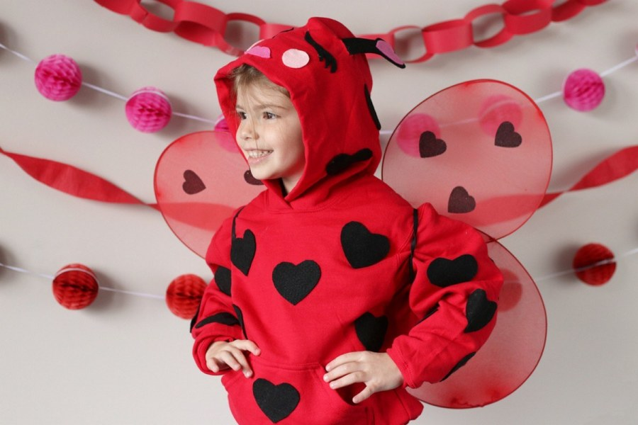 Here are some great ideas for fun and easy Valentine crafts for kids.