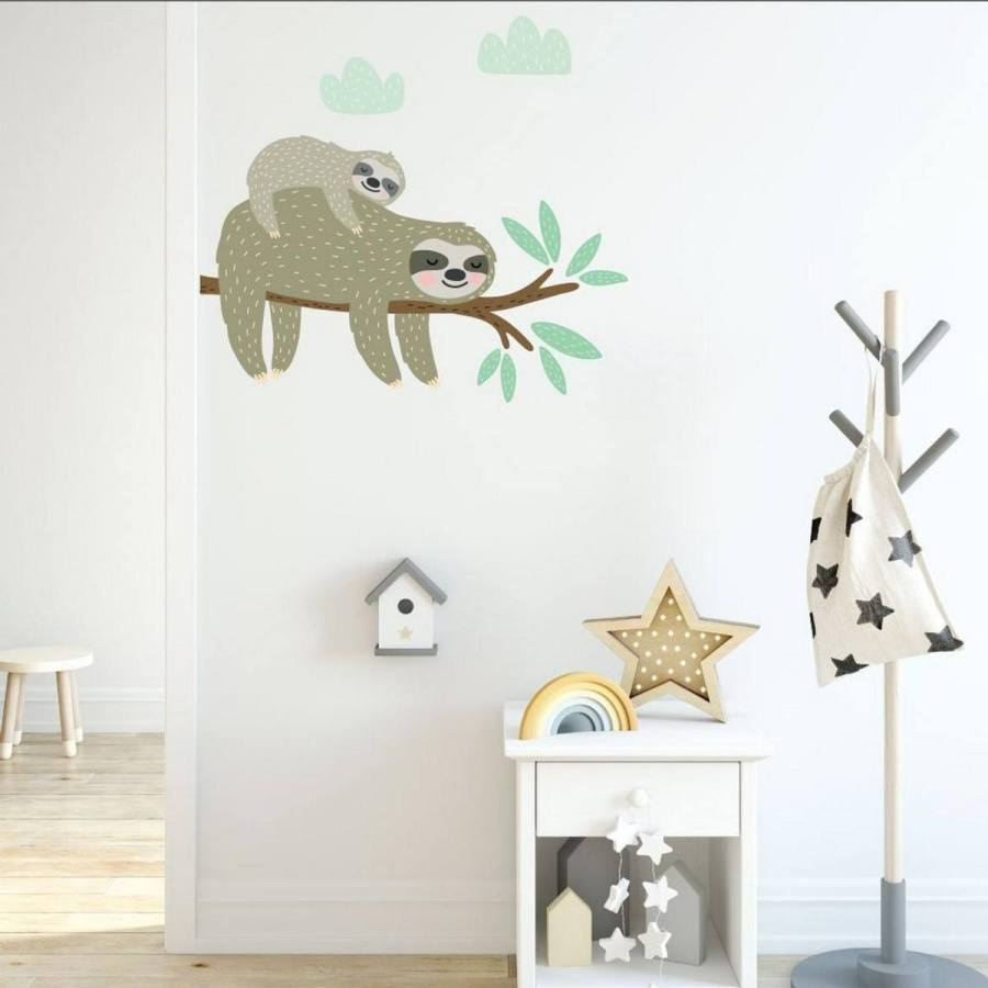 Sloth nurseries are a trend on the rise, thanks in large part to the inherently adorable animal itself and of course the gender neutrality of this nature-based theme.