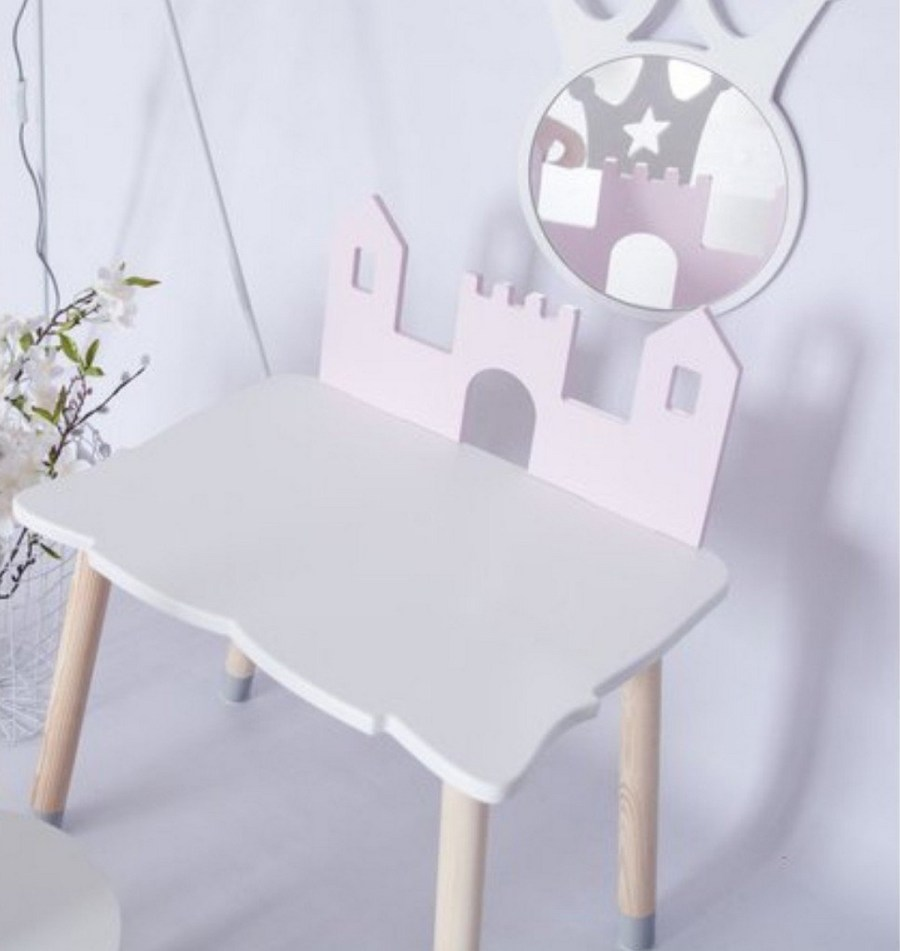 There are lots of kids tables and chairs sets available in most online stores, and, therefore, you should be able to pick the right one for your child. But before you get a set for your toddler, let's look at some of the benefits of having a kid's table and chair set.